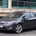 Opel Astra Sports Tourer - Foto 2 din 26
