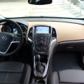 Opel Astra Sports Tourer - Foto 21 din 26