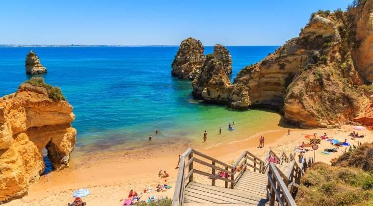 Locul 1: Algarve, Portugalia