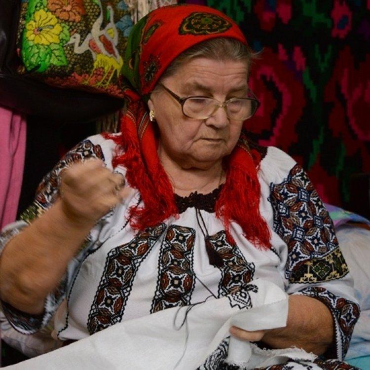 Art&Craft sustine mesterii populari din Romania
