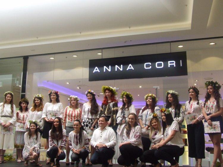 "Magie la magazinul ANNA CORI, brand al Fabricii DENIS, la concursul ""Regina Sânzienelor"""