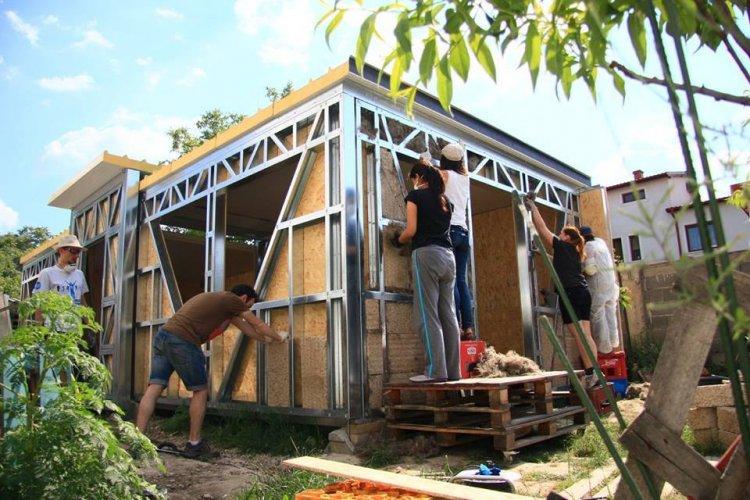A început sesiunea de înscrieri în proiectul Casa Verde Cânepă susținut de Hempflax și Carmeuse