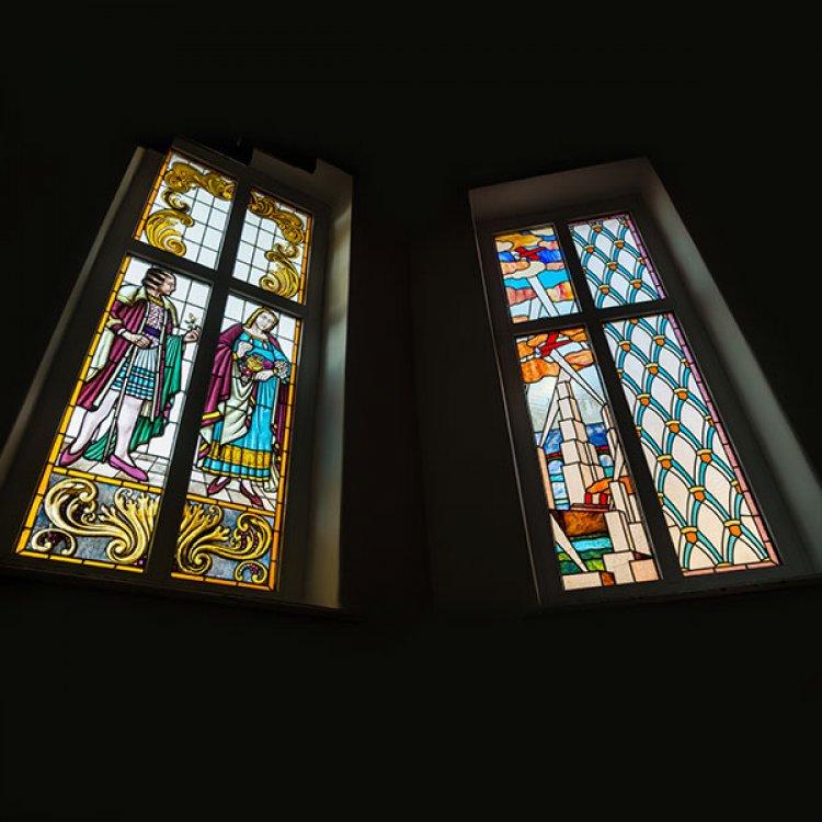 SecuritInternational.ro - Despre vitralii sau cum poti creste luminozitatea in casa ta