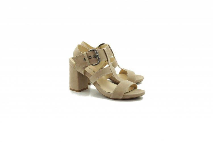 Sandale piele pentru orice ocazie a verii – Descopera colectia de incaltaminte de vara La Scarpa