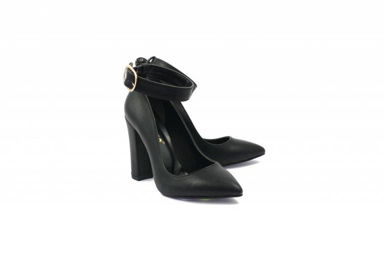 LaScarpa – Pantofi de dama pentru care frumusetea ta este apreciata si recunoscuta de la prima privire