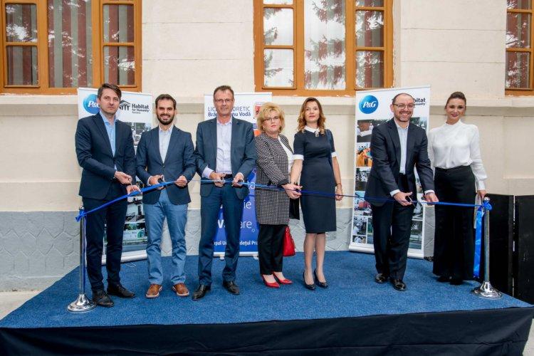 P&G si Habitat for Humanity Romania au inaugurat o nouă sala de clasă in Urlati