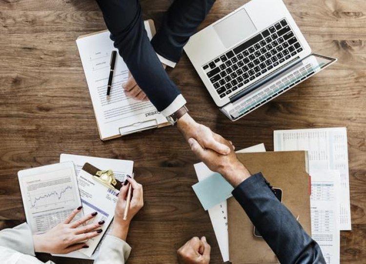 Cursul Brokeraj de Afaceri, singurul curs din Romania unde înveti să intermediezi afaceri intr-un mod profesionist