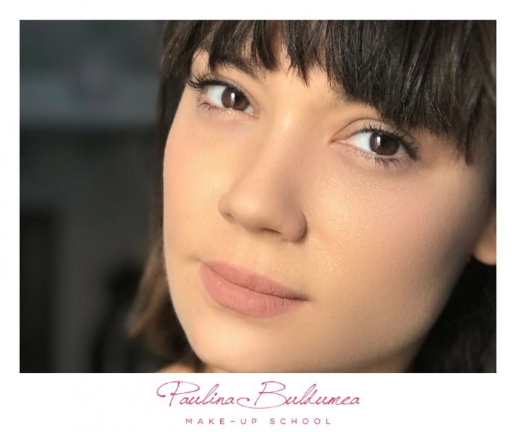 Scoala de make up Paulina Buldumea – Predarea frumusetii