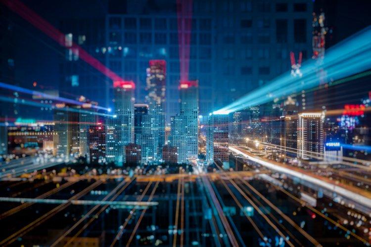 Companii și tehnologii în slujba oamenilor