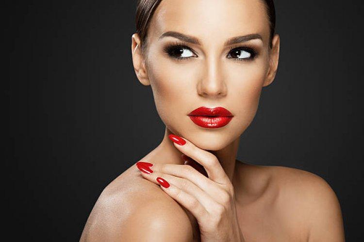 Look-ul perfect indiferent de moment! Cosmetice calitative si rezistente de la Importdirect.ro