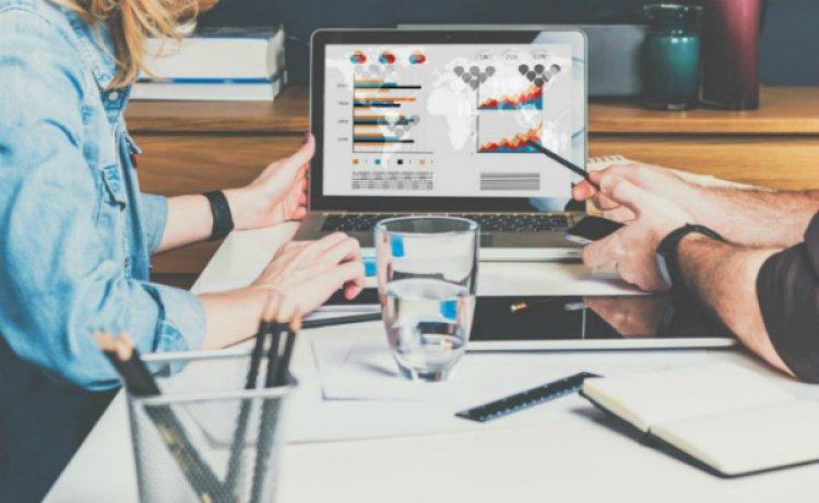 Marketing online – cea mai eficienta metoda de a forma legaturi cu potentialii clienti. Inlocuieste clasica publicitate cu met