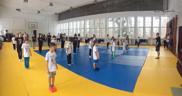 Cursuri de Kung Fu pentru copii cu antrenorul lotului national al Romaniei