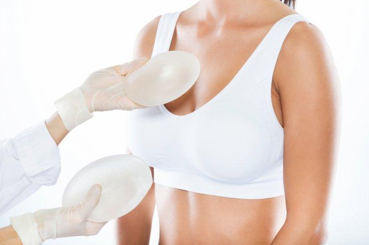 De ce vor femeile implanturi cu silicon