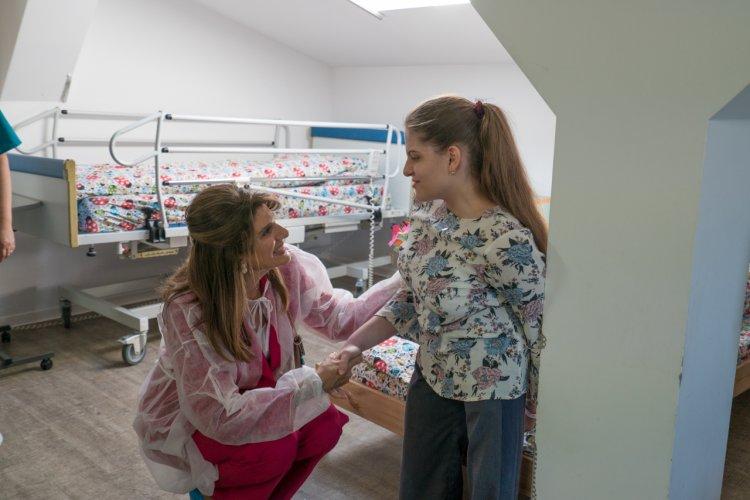 Prințesa Dina Mired a Iordaniei a vizitat spitalul de îngrijire paliativă al Fundației HOSPICE Casa Speranței