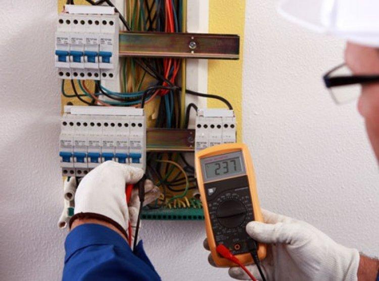 Sfaturi pentru a gasi un electrician de top