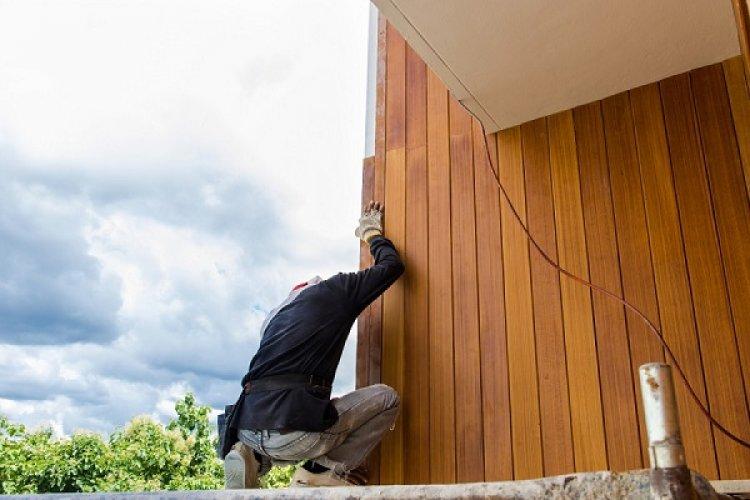 Cum actioneaza un lac lemn exterior? - importanta protectiei de afara