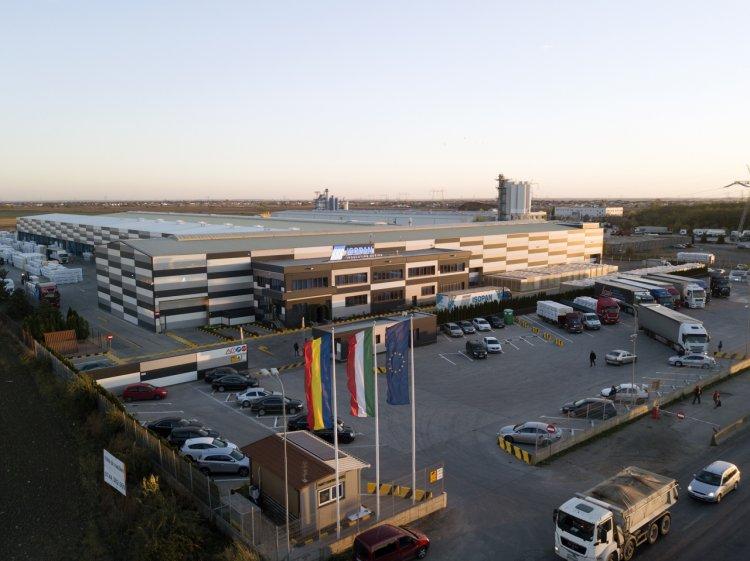Isopan, peste 15 milioane de m² de panouri metalice termoizolante distribuiți în 73 de țări, pe 4 continente