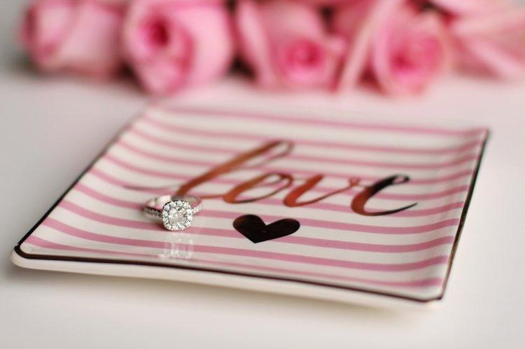 Care este inelul de logodnă perfect amândoi?