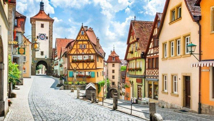 Ghidul primei calatorii in Germania