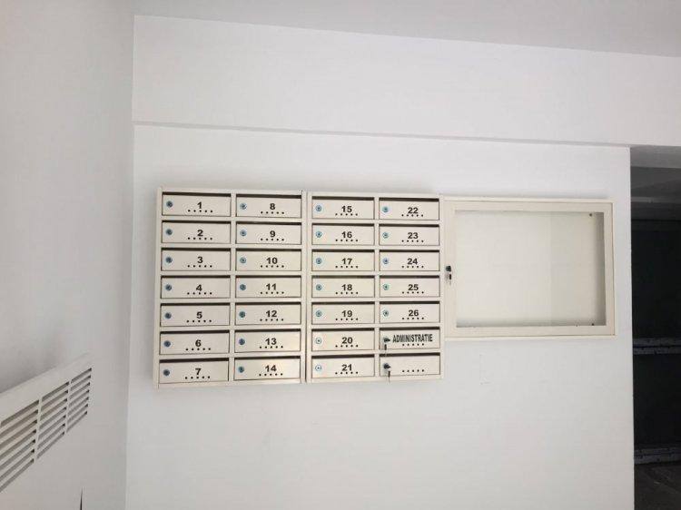 Cutii postale la comanda