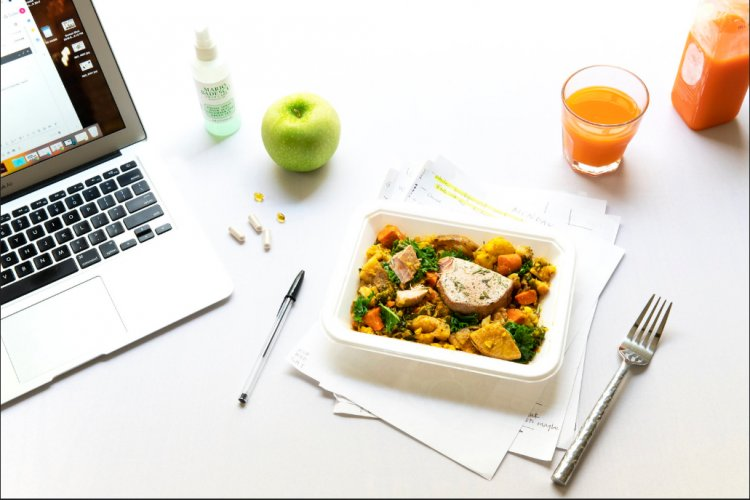 Iei masa de prânz la birou? Iată câteva recomandări!