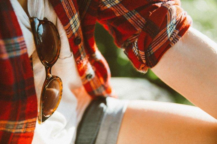 Cum funcționează ochelarii de soare și de ce nu trebuie să îți cumperi unii ieftini?