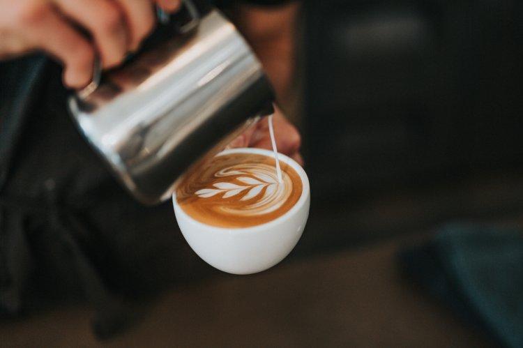 Românii şi consumul de cafea. Analiză la început de an.