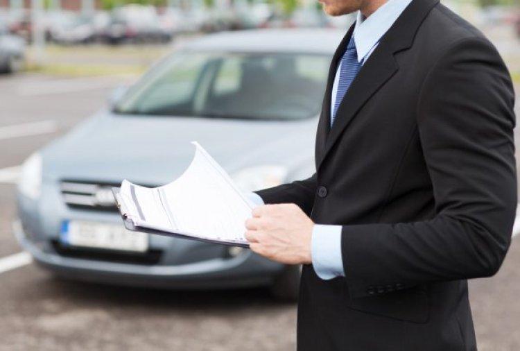 De ce să alegeți închirierea unei mașini cand ajungeți în București?