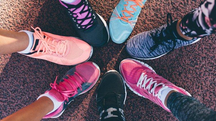 Cum să îți alegi adidașii sport pe care îi vei folosi la alergat