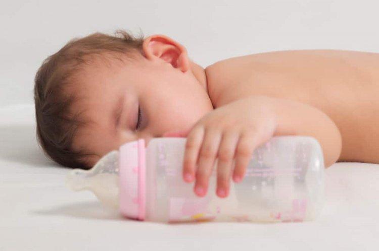 Scaunul bebelusului hranit cu lapte praf Humana – cand ai motive sa te sperii?