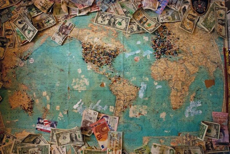 5 trucuri pentru a economisi bani când călătorești