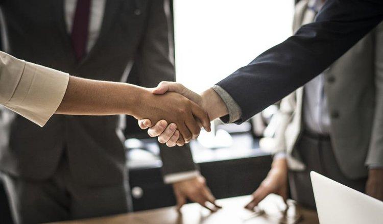 Bunele maniere în afaceri – 5 reguli importante pentru o întâlnire de business reușită