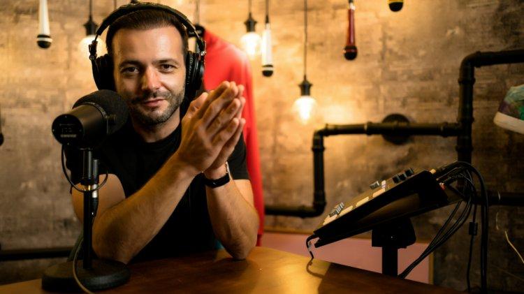 """S-a lansat """"Fain & Simplu"""". Platformă marca Radio ZU și proiect de suflet al lui Mihai Morar."""