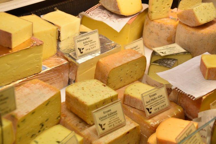 Ce înseamnă o brânză de calitate? Detaliile de care să ții cont