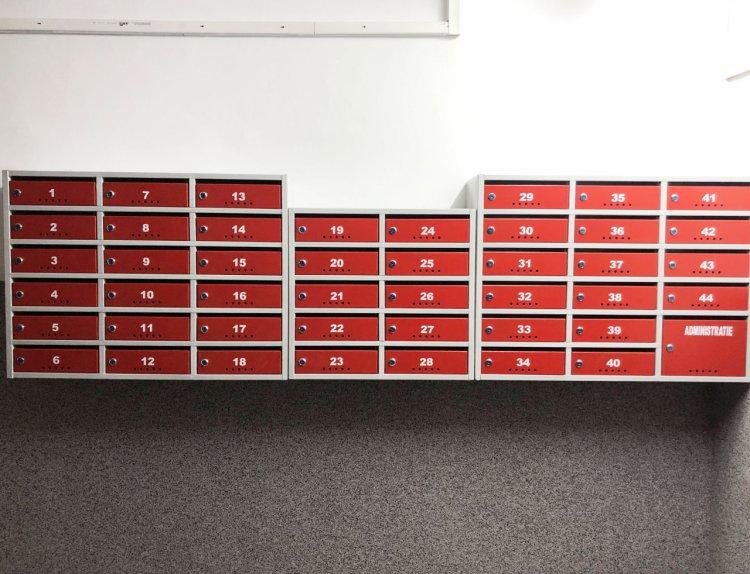 Cutii poștale bloc la comandă