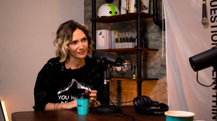 """Adela Popescu: """"Am avut parte de tot succesul din lume fără să mi-o fi dorit!"""". Fain & Simplu - Podcast cu Mihai Morar"""