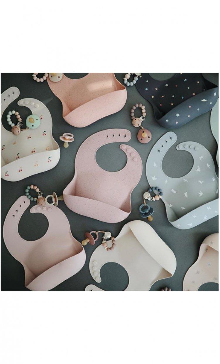 Little Prints - universul produselor preferate de bebeluși