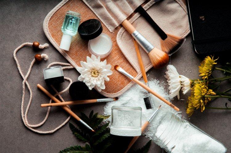 Sfaturi pentru alegerea unor produse de machiaj de calitate