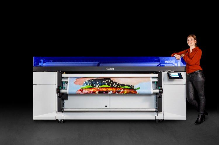 Canon anunţă lansarea noii imprimante cu alimentare din rolă, Colorado 1630, cu tehnologie UVgel