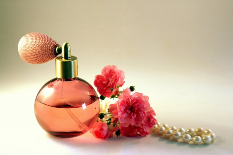4 indicii care arată că e momentul să cumperi un parfum nou