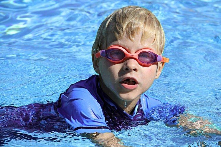 Cursuri de înot pentru adulți în București