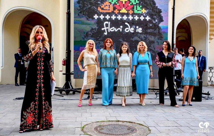 Mișcare unică în România: Antreprenorii au fost modele pentru a susține industria textilă