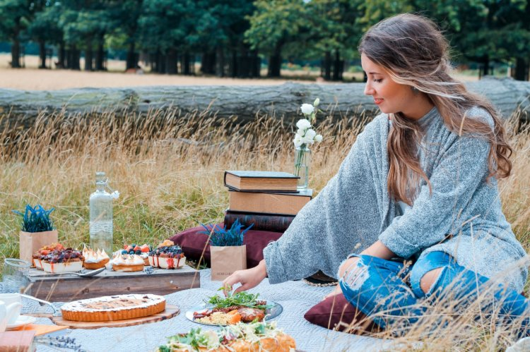 Ce porti la picnic: 5 idei de tinute lejere