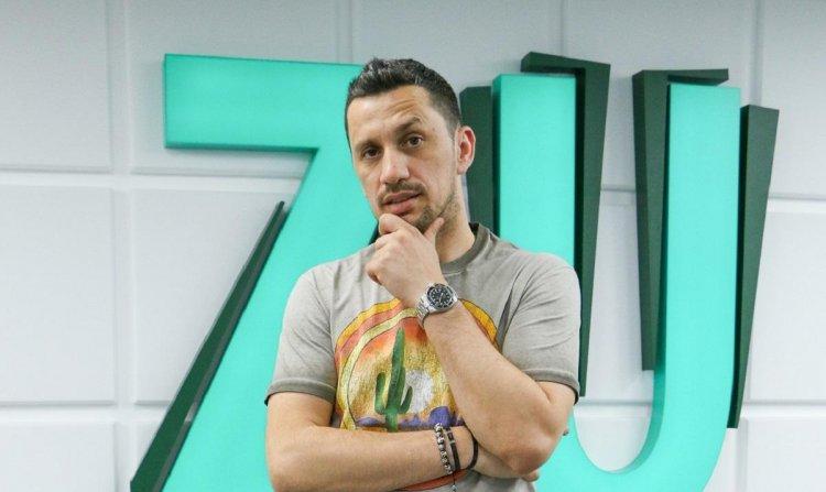 Flick Domnul Rimă ia o pauză de la radio pentru a se dedica exclusiv proiectelor sale personale
